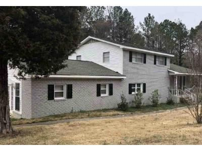 4 Bed 3 Bath Foreclosure Property in Irmo, SC 29063 - Firetower Rd