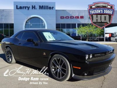 2018 Dodge Challenger R/T Scat Pack (Pitch Black Clearcoat)