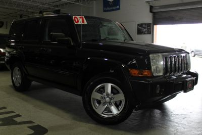2007 Jeep Commander Sport (Black)