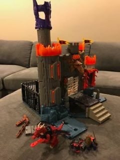 Fisher Price Imaginext Dragomont's Fortress Castle