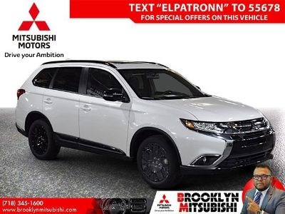 2018 Mitsubishi Outlander ES (Diamond White Pearl)