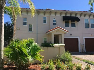Lovely 2 BR Townhome, 1 block off Bayshore Boulevard