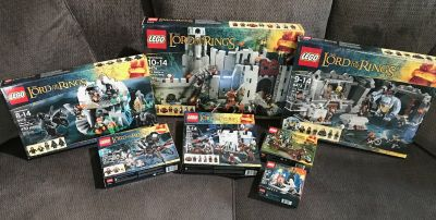 LOTR LEGOS Lord of the Rings LEGO Sets Gandalf Shelob Battle of Helms Deep +