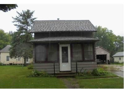 3 Bed 1 Bath Foreclosure Property in Faribault, MN 55021 - 2nd Ave NW