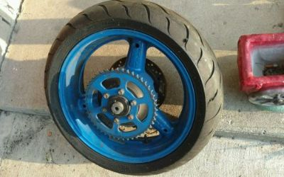 Buy 95 GSXR 1100 OEM REAR RIM WITH NEWER DUNLOP TIRE (LOOK FREE SHIPPING) motorcycle in Miamisburg, Ohio, United States
