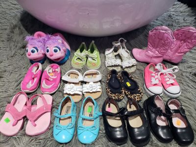 Size 7 Toddler girls shoes , sandals, boots , sneakers