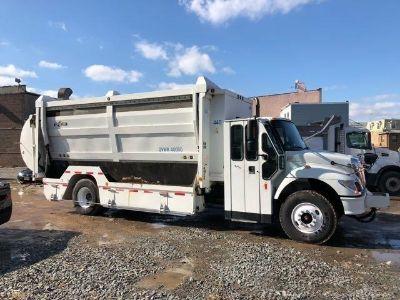 2006 International 7400 Recycling Truck