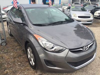 ** 2013 HYUNDAI ELANTRA GLS GREAT CONDITION **