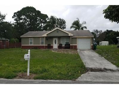 3 Bed 2 Bath Preforeclosure Property in Port Saint Lucie, FL 34953 - SW Kentwood Rd