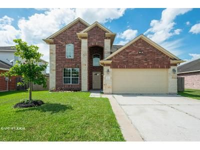 4 Bed 3 Bath Foreclosure Property in Spring, TX 77373 - Lost Cove Ln