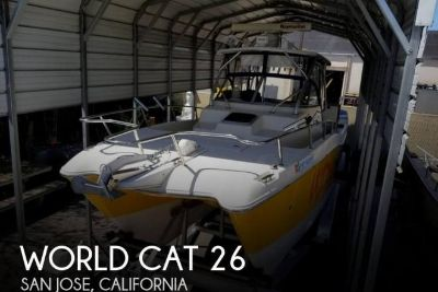 2001 World Cat 266 Sport Cuddy