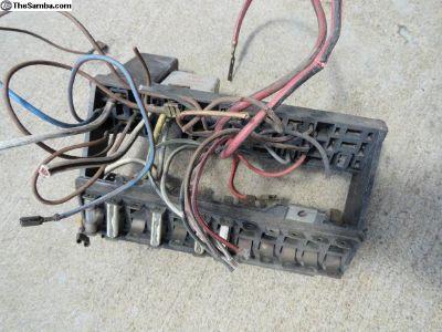 Volkswagen Beetle Fuse Box & Wires