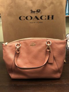 AUTHENTIC, NEW Coach Kelsey tote