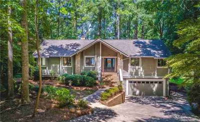 16034 North Point Road Huntersville Three BR, PRICE REDUCED!