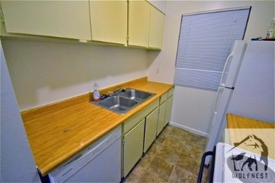 Lovely 2 Bedroom Murray Apartment