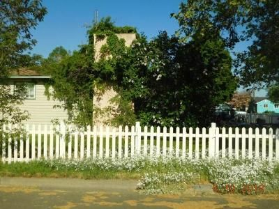 3 Bed 2 Bath Foreclosure Property in Milton Freewater, OR 97862 - NW 11th Ave