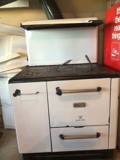 Clare Jewel Cook Stove - Great Condition