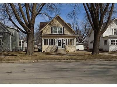3 Bed 1 Bath Foreclosure Property in Mason City, IA 50401 - 14th St NW