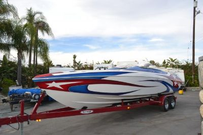2005 Eliminator 300 Eagle XP Closed Bow Twin 525's