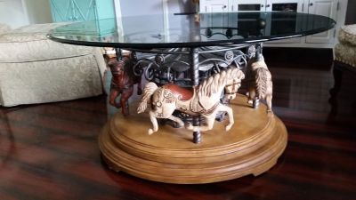 Unique Round Carasual Horse Coffee Table
