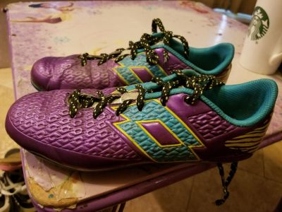 Soccer cleats size 4y