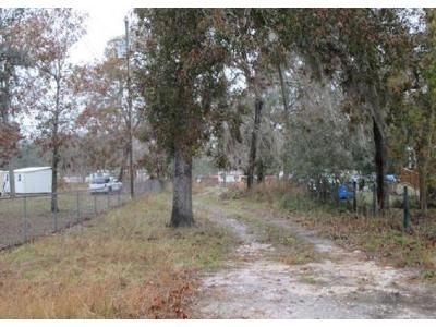 4 Bed 2 Bath Foreclosure Property in Spring Hill, FL 34610 - Akins Dr