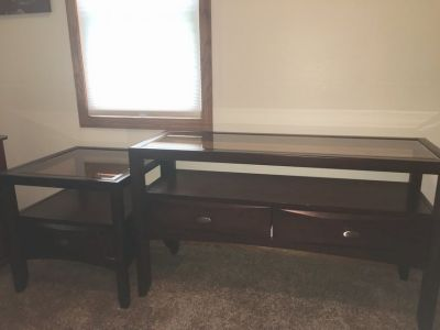 Tv stand with glass top 50 long with matching end table 24x24