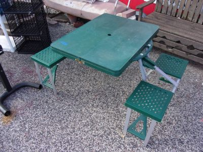 Child Fold Up Picnic Table