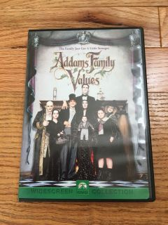 Addams Family Values DVD. Like New, Comes with Case.