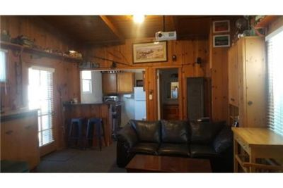 One bedroom Cottage with full kitchen and bathroom and walk-in closet. Washer/Dryer Hookups!