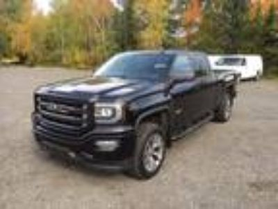 2017 GMC Sierra 1500 SLT ALL TERRAIN EDITION Crew Cab Long Box 4WD