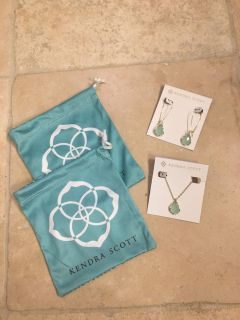 Kendra Scott Necklace and Earring Set/ like new!!!