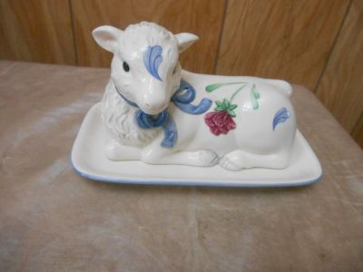 Lenox Poppies on Blue Barnyard Collection Lamb Butter Dish