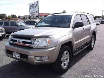 2005 Toyota 4Runner SR5 (Gold)