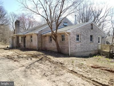 3 Bed 1 Bath Foreclosure Property in Dillsburg, PA 17019 - Kralltown Rd