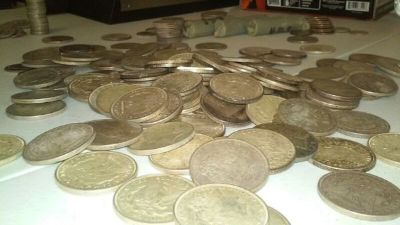 Pile of silver coins, Morgan, peace, quarters, half dollars etc!