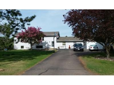 4 Bed 2.0 Bath Preforeclosure Property in Isanti, MN 55040 - Orchid St NW