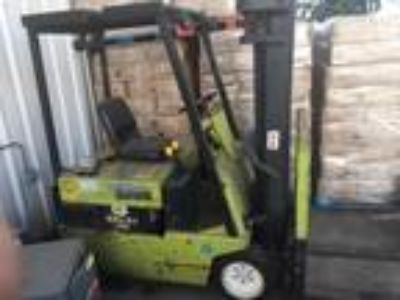 2004 Electric Clark TM20 Electric 3 Wheel Sit Down