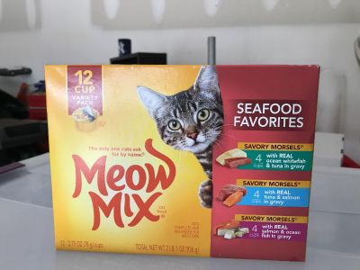 Meow mix Cat food $2 (8 count)