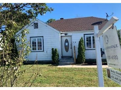 4 Bed 1 Bath Foreclosure Property in Port Jefferson Station, NY 11776 - Patchogue Rd