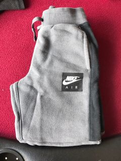 Nike Sweat Pants - Youth Size 7/L