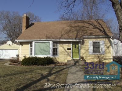 Great Home Near Lincoln Field and Augsburg Park!