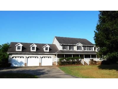5 Bed 4 Bath Foreclosure Property in Pauline, SC 29374 - Shiloh Church Rd
