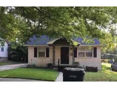 2 Bath Preforeclosure Property in Little Rock, AR 72206 - Bragg St