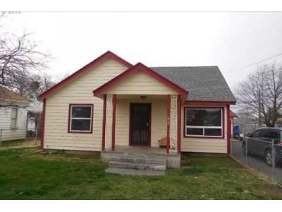 4 Bed 1 Bath Foreclosure Property in Milton Freewater, OR 97862 - Robbins St