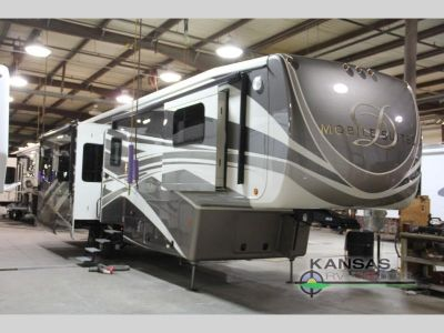 2018 DRV LUXURY SUITES Mobile Suites 38 KSSB