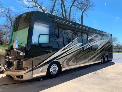 2017 Newmar KING AIRE 4519