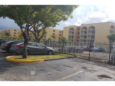 1 Bed 1 Bath Preforeclosure Property in Hialeah, FL 33015 - NW 186th St Apt 2-405
