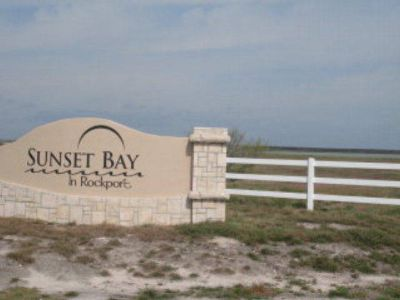 202 Drum Rockport, here's your chance to own 5 acres with