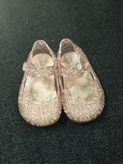 Size 2 jelly shoes